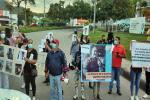 ¡No más tape tape! Mediante Plantón familiares y amigos de Juan Carlos Cofles exigieron justicia